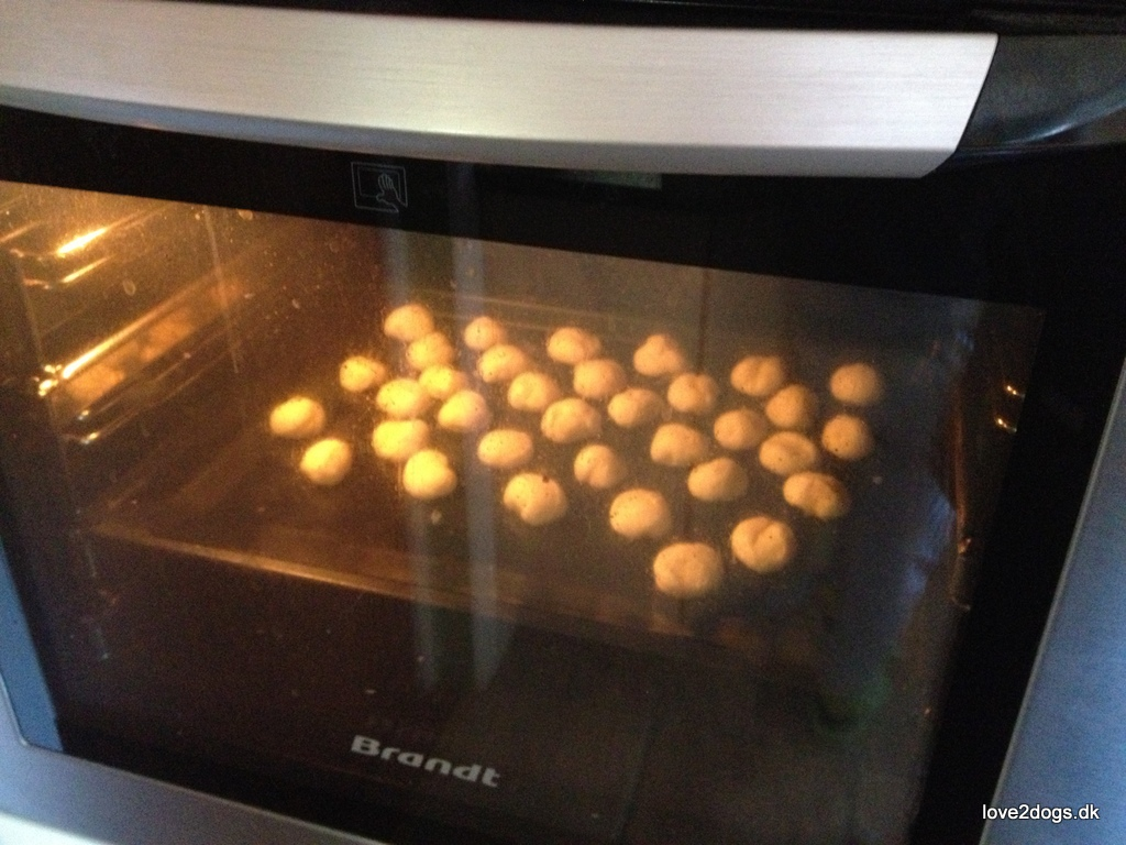 Kammerjunkere i ovnen og efterfølgende i maven.