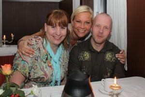 Min kusine Heidi, hendes mand, Niels og jeg selv