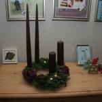 >Adventskrans og kalenderlys